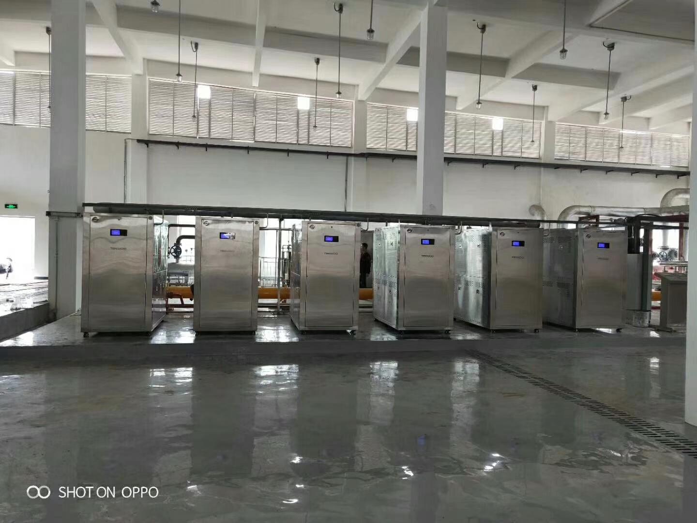 某知名医科大学新建使用10台德克沃蒸汽热源机